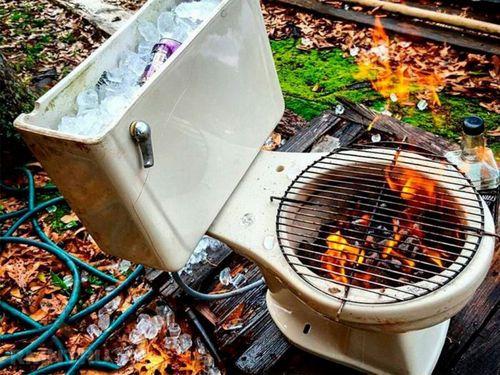 мангал и холодильник из унитаза